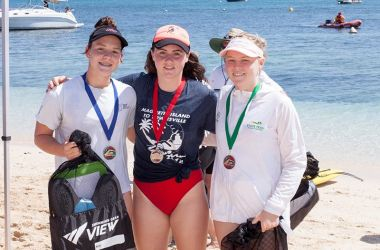 Big splash and course records at Great Adventures Green Island Ocean Swim
